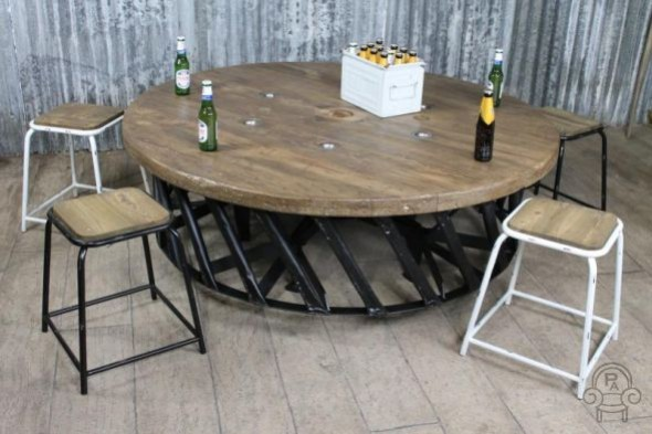 1.6m Industrial Tractor Wheel Table