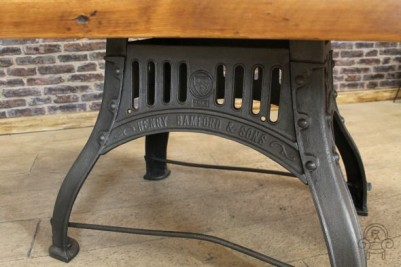 cast iron vintage table005