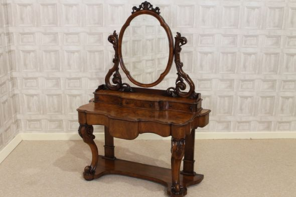 Duchess Dressing Table in Burr Walnut Victorian Dressing Table