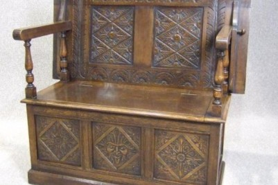 1930s carved oak monks bench