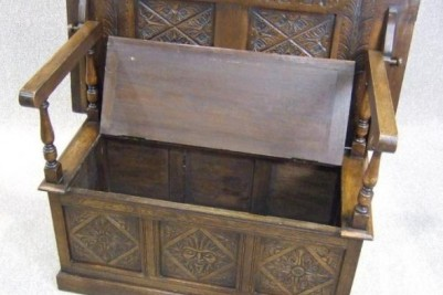 1930s oak carved monks bench