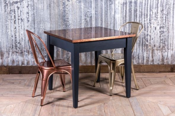 Small Tapered Leg Restaurant Table (Dining)