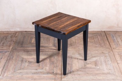 tapered leg table with antique style top