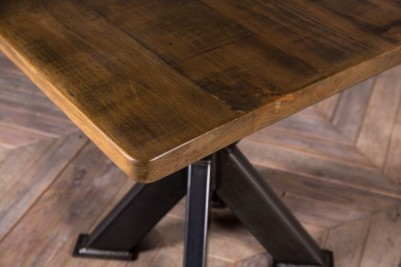 square pine top table
