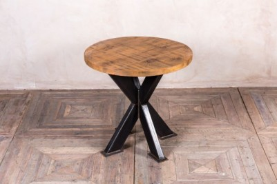 tank trap table with round pine top
