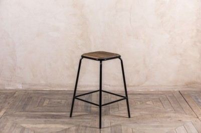 mid height stacking stool