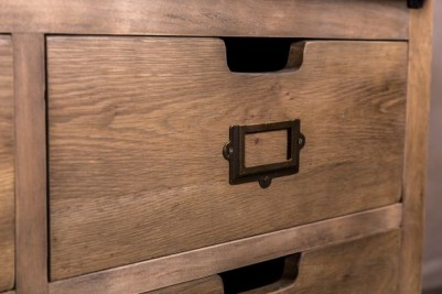 drawers with recessed handles