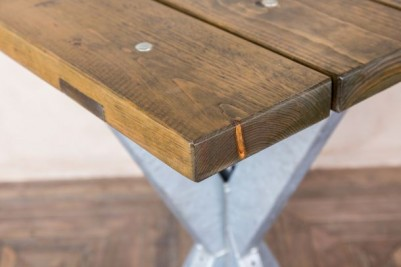 square pine top outdoor table