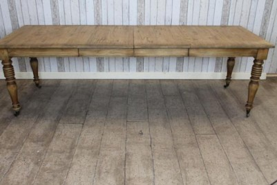 large solid oak table Victorian style