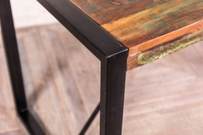reclaimed wood cafe tables