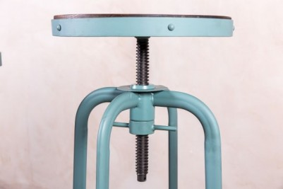 adjustable restaurant stools