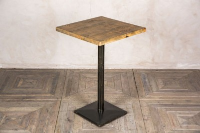 square pine top poseur table