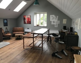 CUSTOMER FOCUS: INDUSTRIAL MUSIC STUDIO