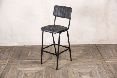 black breakfast stool