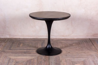 small Tulip dining table