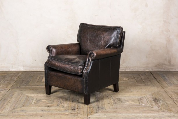 Marriott Classic Leather Armchair in Vintage Brown