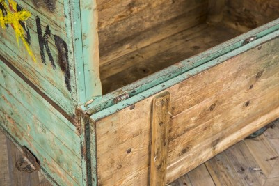moveable vintage crate