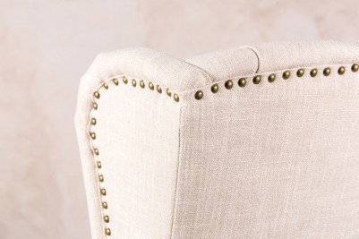 pressed button chair