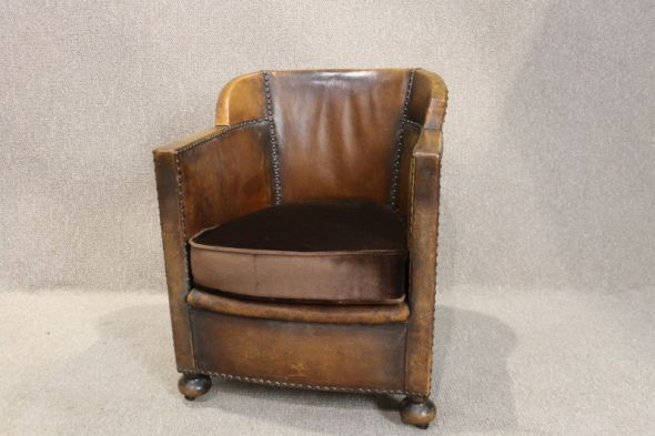 Art Deco Leather Tub Chair
