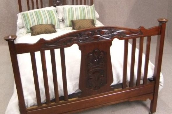 Art Nouveau Double Bed in Red Walnut