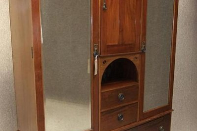 Arts & Crafts / Art Nouveau mahogany wardrobe
