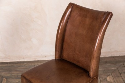 vintage style brown leather chairs
