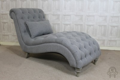 chaise longue in flint