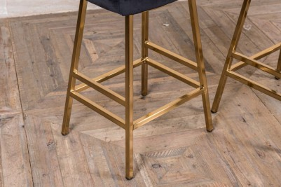 backless breakfast bar stool