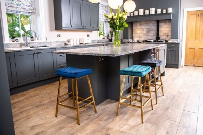 kitchen island breakfast bar stools
