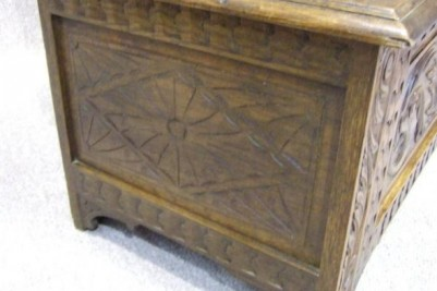 Oak antique monks bench