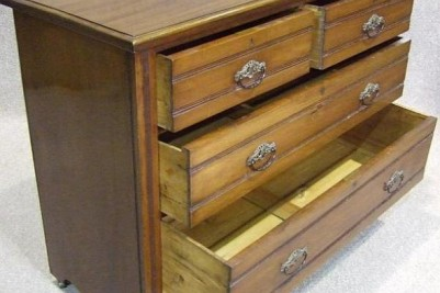 Edwardian chest of drawers