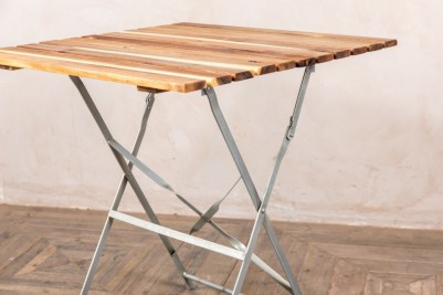 folding square tables
