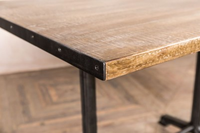 metal edges dining table