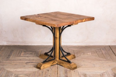 reclaimed pine top dining table