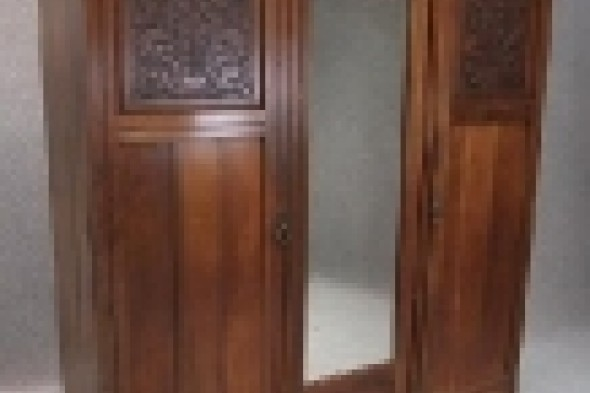 Late Victorian Walnut Triple Door Wardrobe