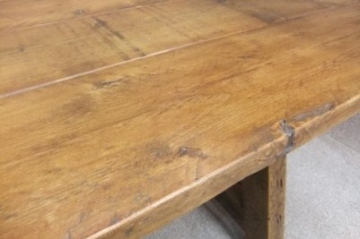 reclaimed pine table