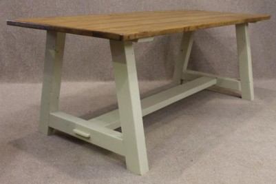 painted base pine top table