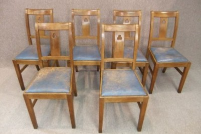 Set of arts and crafts chairs