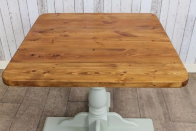 reclaimed pine cafe tables