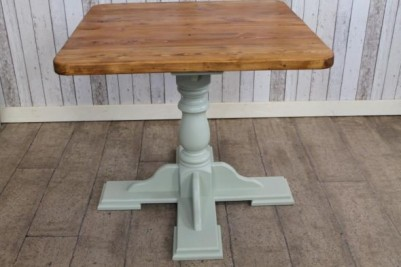small pedestal cafe tables