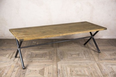Steamer Pipe Dining Table