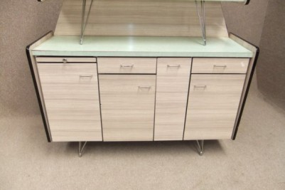Retro kitchen dresser