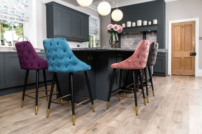 Pair of Rosette Button Back Bar Stools