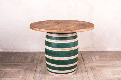 round barrel table
