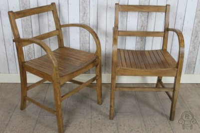 wooden chairs004.jpg