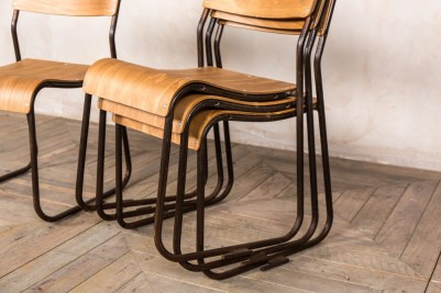 metal frame chairs