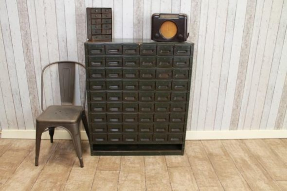 VINTAGE INDUSTRIAL BANK OF DRAWERS