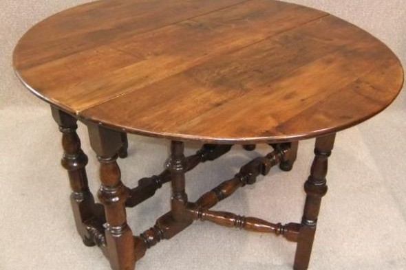 Victorian Dining Table in Solid Oak