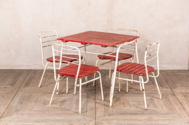 Vintage Garden Table and 4 x Chairs