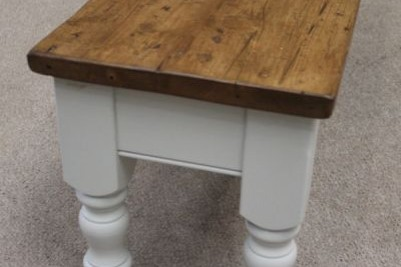 farmhouse kitchen bench